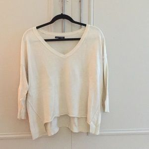 Three quarter sleeve oversized fit v-neck sweater